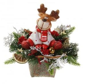 Weihnachtsgesteck-im-Korb-mit-sitzendem-Keramik-Elch.0503-012-07a